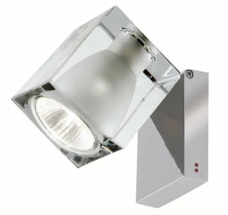 Ice cube serien er designet af Roberto Pamio. Det er en af de mest succesfulde lamper på det skandinaviske markede. Ice cube er udført i eksklusive materialer