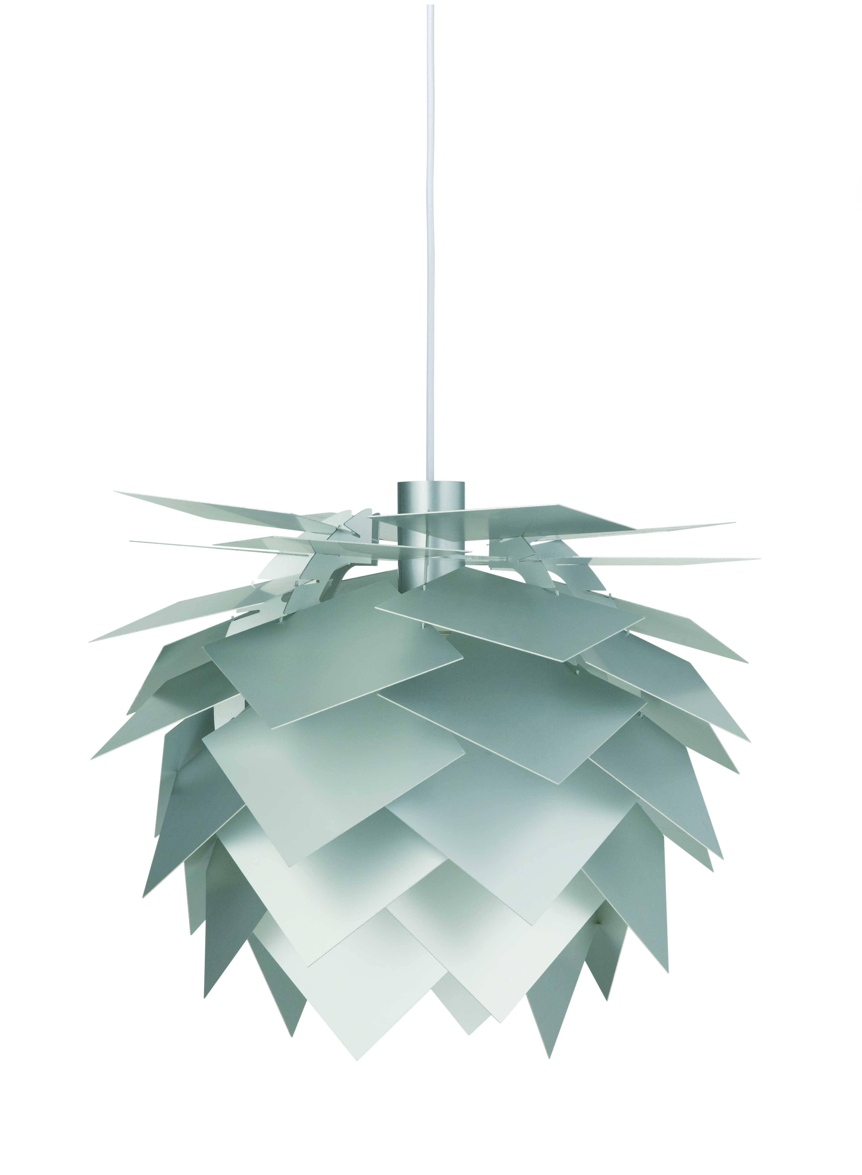 PineApple serien er designet af Frank Kerdil for Dyrberg-Larsen. PineApple består af en komplet serie af smukke eksklusive lamper