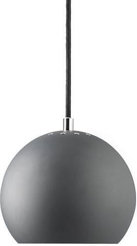 Den klassiske Ball lampe fra Frandsen Lighting. Fås i flere farver.