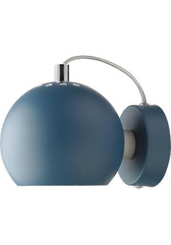 Den klassiske magnet Ball lampe fra Frandsen Lighting. Kun 349