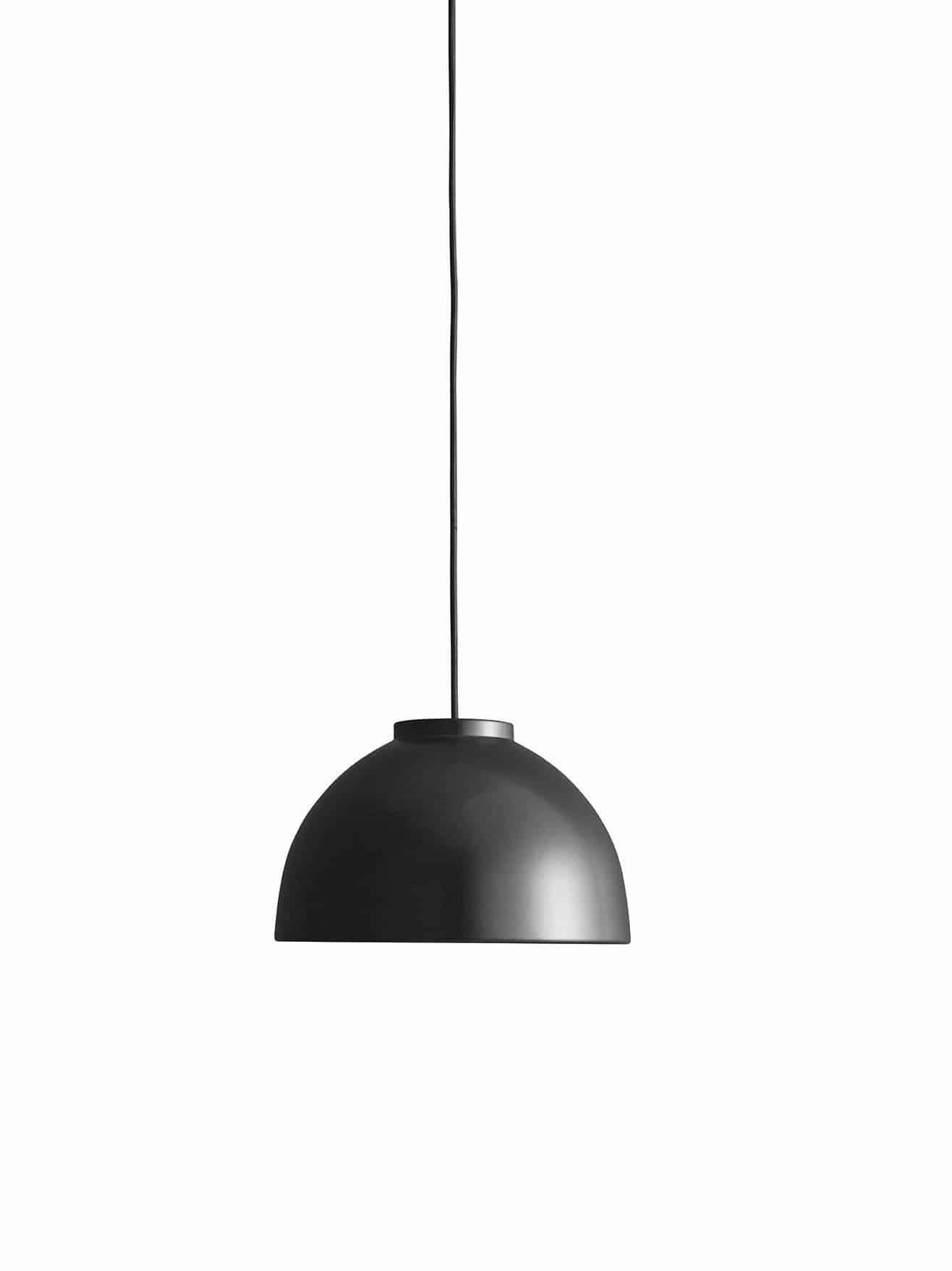 Copenhagen Lampen er designet i 2007 af Jens-Christian Jensen. Lampen er håndlavet i optrykt aluminium