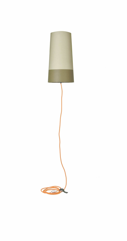 Hooverlight også kendt som den svævende standerlampe! Lampen hænges fra loftet i en tynd nylonsnøre