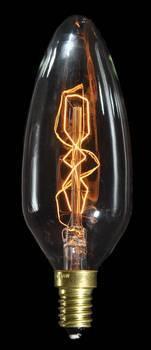 Krystalpæreren virker som et stearinlys og er udviklet specielt til krystal lysekroner og stager i bygninger