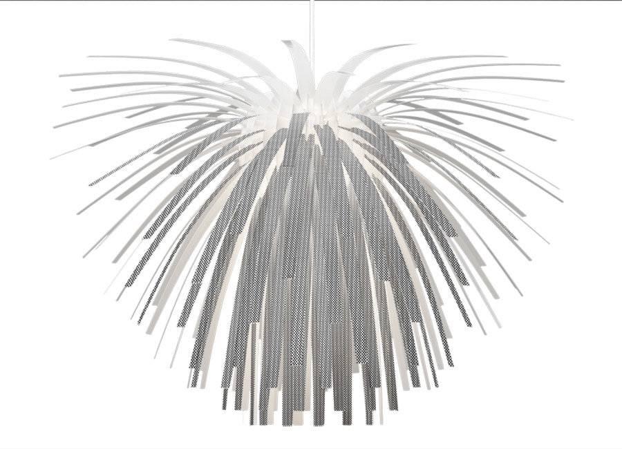 Snowflower er en del af en serie af samle-selv lamper. Lyset reflekteres og er blødgjort ved hjælp af den indre konstruktion og de 150 tynde identiske kronblade.